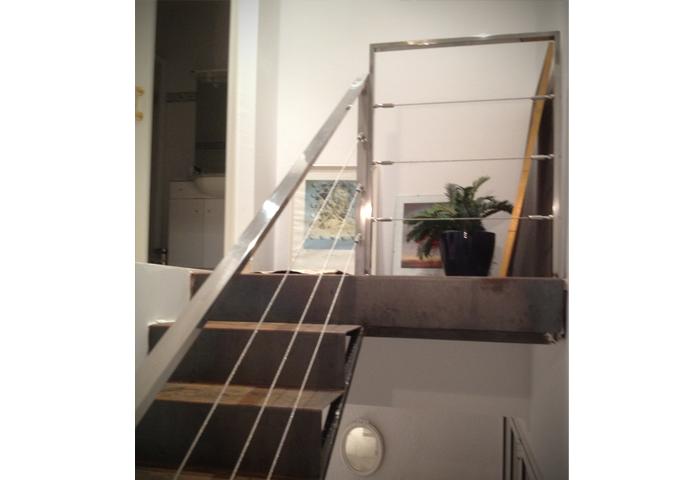 Escalier int rieur d 39 une maison serralleria mesas - Interieur d une maison ...